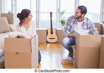 荷を解くこと, 恋人, 箱, かわいい, ボール紙