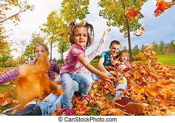 葉, 秋, カメラ, 女の子, 投球, かえで