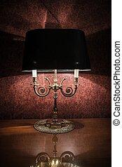 葡萄酒, 風格, 燈, 上, a, 擦亮, 木製的桌子