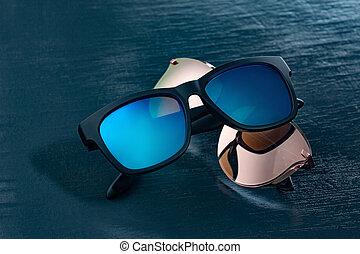 蓝色, 背景。, 太阳镜, 二, 流行