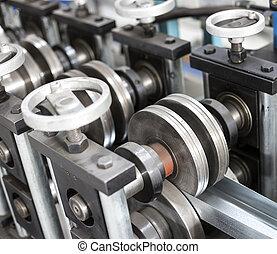 薄板金, の上, プロフィール, 機械, 錫, 生産, 終わり