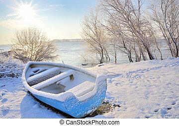 藍色的船, 上, 多瑙河河