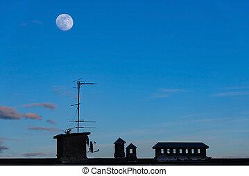 藍色, 晚上, 房子, 天空, 黑色半面畫像, 屋頂, 月亮, 導管, 針對, 天線, 通風