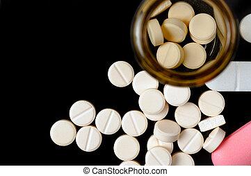 藥丸, 上, 黑色的背景