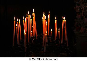 蝋燭, 犠牲者