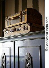 衣櫃, 在上方, 老, 小提箱