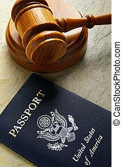 裁判官, 法廷, 小槌, そして, 私達, パスポート, 上 から