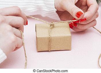 装飾, パック, 包むこと, 休日, ハンドメイド, 女の子, 贈り物