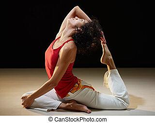 西班牙的女人, 瑜伽, 伸展