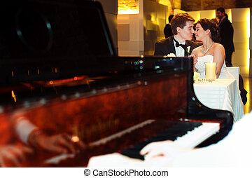 見なさい, 恋人, 魅了, の後ろ, 結婚式, ピアノ