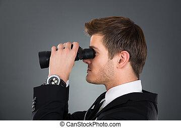 見る, 双眼鏡, によって, ビジネスマン, サイド光景