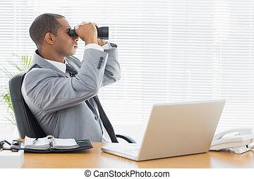 見る, 双眼鏡, によって, ビジネスマン