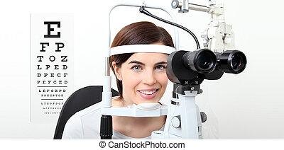 視力, 女, チャート, スリット ランプ, ビジュアル, 測定, テスト, 微笑, 白