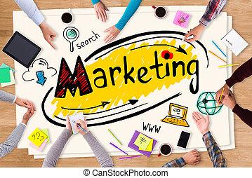 討論, 銷售, strategy., 頂視圖, ......的, 紙, 由于, 鮮艷, 勾畫, 放置, 上, the, 木製的桌子, 以及, 人們坐, 大約, 它