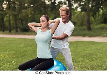 訓練, 女, ヨガ, モデル, 公園, 間, ボール, 練習, 人