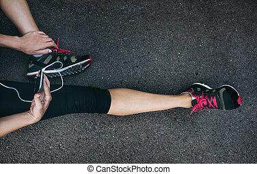 訓練, 放松的女人, 适合, 賽跑的人, 運動員, 以後, 運動裝, smartphone.