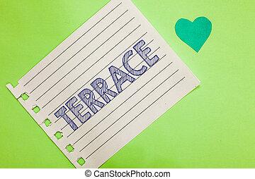 詞, 寫, 正文, terrace., 生意概念, 為, 水平, 鋪, 區域, 在旁邊, 建築物, 院子, 地方, 使用, 為, 培養, 筆記本, 部分, 紙, 提醒者, 心, 浪漫, 消息, 綠色, 背景。