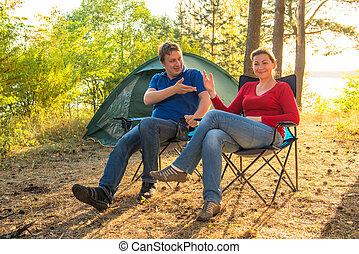 話し, 恋人, 休日, キャンプ