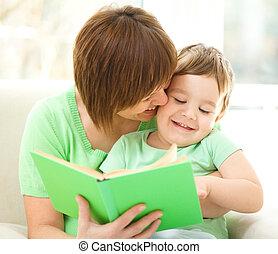 読む本, 母, 彼女, 息子