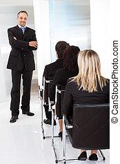講義, グループ, ビジネス 人々