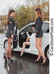 警察, 若い, 運転手, ストップする, 免許証, 自動車, 点検, 女, 美しい
