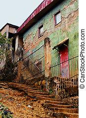 貧しい, トロピカル, neighborood, 古い, 家