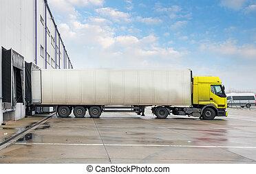貨物卡車, 在, 倉庫, 建築物