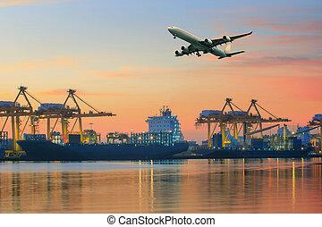 貨物機, 飛行, の上, 船, 港, 使用, ∥ために∥, 交通機関, そして, 貨物, ロジスティックである, 産業,...