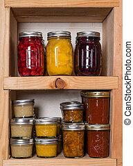 貯蔵, 棚, ∥で∥, 缶詰にされた食糧