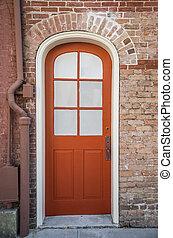赤いドア, 中に, ∥, フランス 四分の一