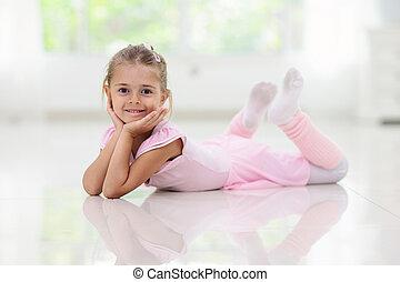 赤ん坊, ダンス, 女の子, わずかしか, ballet., バレリーナ, class.