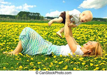 赤ん坊, フィールド, 遊び, 母