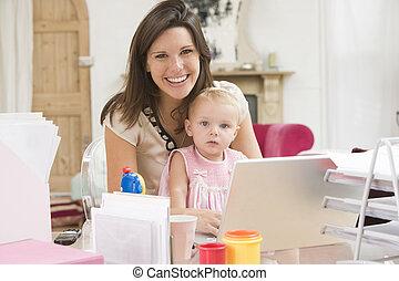赤ん坊, 家, ラップトップ, オフィス, 母