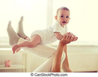 赤ん坊, 家, 遊び, 母