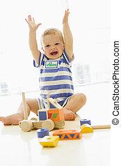 赤ん坊, 屋内, トラック, 遊び