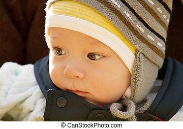 赤ん坊, 屋外で