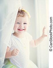赤ん坊, 微笑の女の子