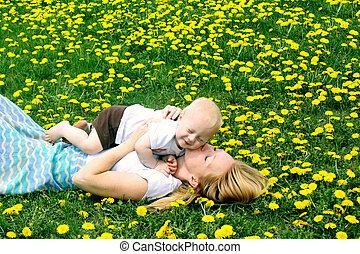 赤ん坊, 接吻, 母