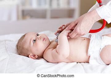 赤ん坊, 検査される, 医者