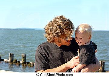 赤ん坊, 父, 湖, 笑い
