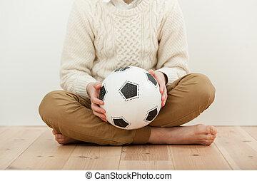 赤腳, 十字架腿, 男孩, 藏品, a, 足球