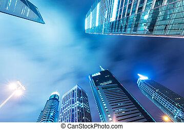 ∥, 超高層ビル