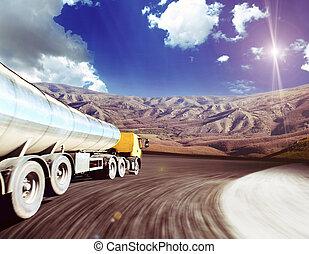 路, 瀝青, 在上方, 天空, 黃色, 卡車, 多雲, 模糊