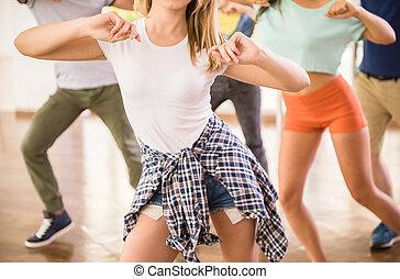 跳舞, 人們