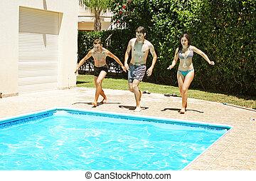 跳跃的人们, 对于, 游泳池