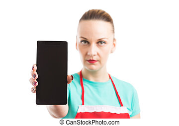 身に着けていること, エプロン, smartphone, 携帯電話, 提示, ∥あるいは∥, 女性, 空白 スクリーン, 赤
