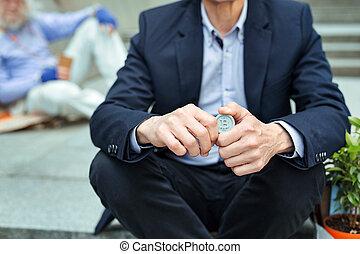 身に着けていること, オフィス, スーツ, 暗い, マネージャー, 手を持つ, コイン