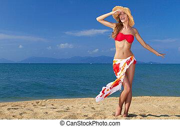 身に着けていること, ビキニ, ポーズを取る, 帽子, 女の子, 浜