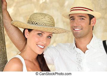 身に着けていること, 微笑, すべて, わら, 恋人, 帽子