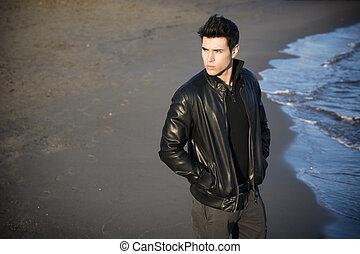 身に着けていること, 革, 海岸, 若い, ジャケット, 黒, 魅力的, 浜, 人